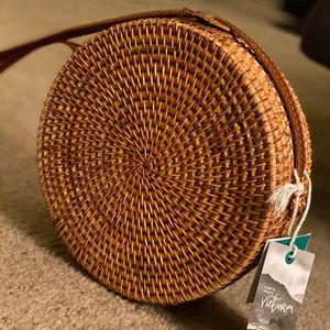 NWT rattan straw Bali round circle bag